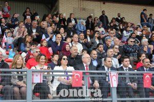 Atatürk'ü Anma, Gençlik ve Spor Bayramı Londra'da kutlandı