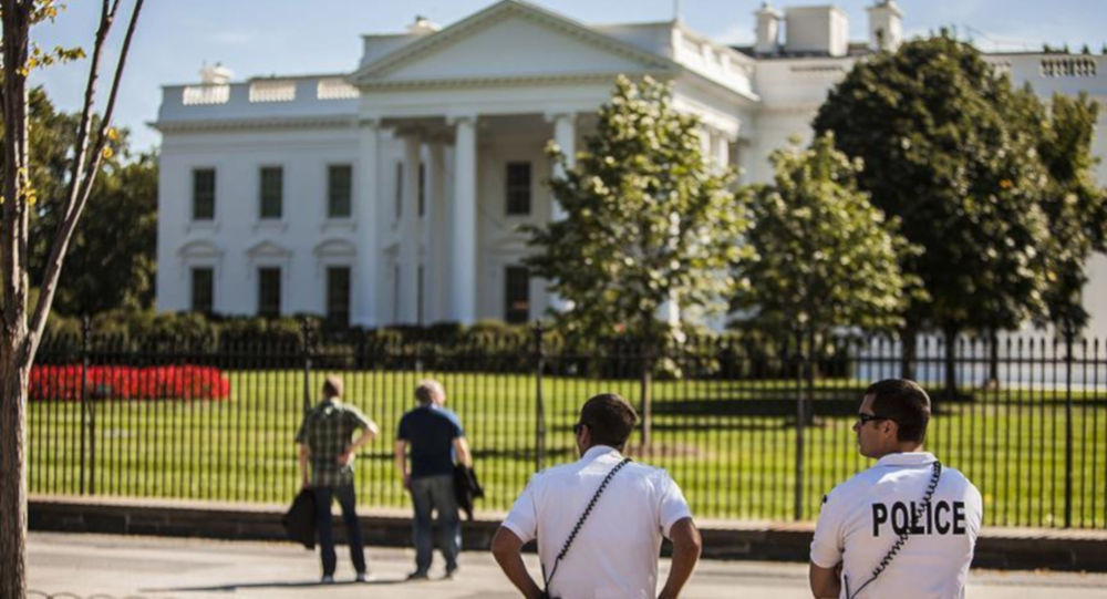 Beyaz Saray'ın önünde kendisini yakan adam hayatını kaybetti
