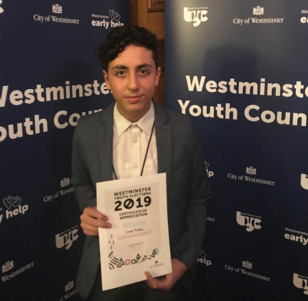 "Civan Terbas, Westminster'da ""Genç Milletvekili"" seçildi"