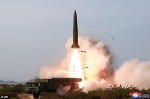 Kuzey Kore 'ne olduğu tespit edilmeyen bir cisim fırlattı'