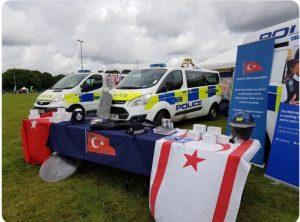 İngiliz Polisi, 'KKTC bayrağı' sebebiyle özür diledi