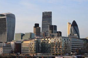 New York overtakes London as world's financial hub