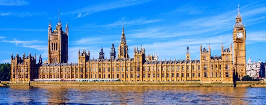 İngiltere Parlamentosu şov programlarını araştıracak