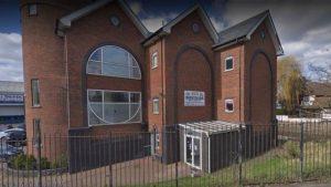 Londra'da camii cemaatine çekiçli saldırı