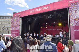 Binlerce kişi Londra'da bayram festivalini kutladı