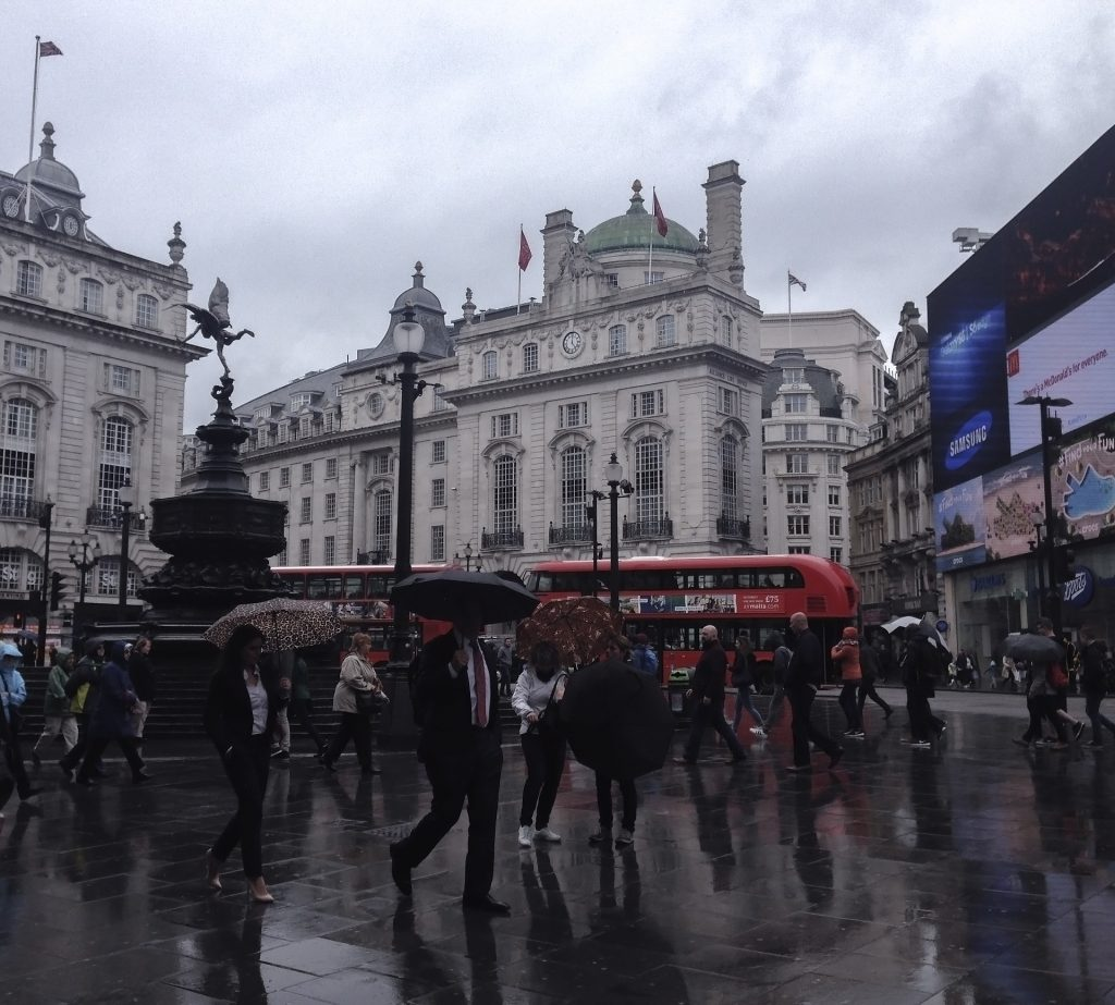Yellow weather warning issued, heavy rain across South East