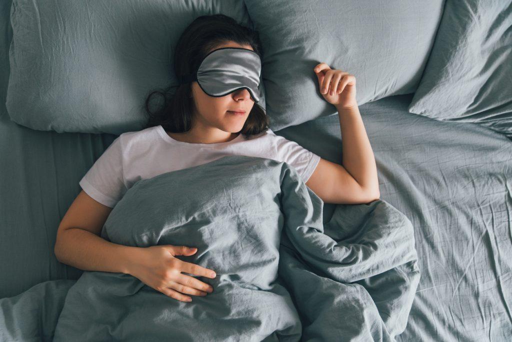 Gece geç uyuyanlar, vücut saatini eğitebilir