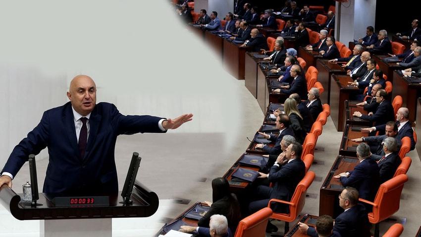 TBMM'deki 15 Temmuz özel oturumunda CHP Grup Başkan Vekili'nin konuşmasına AKP sıralarından tepki