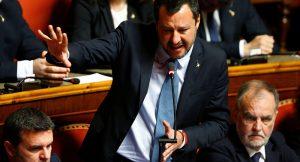 İtalyan aşırı sağcı lider Salvini'ye mermili zarf gönderildi