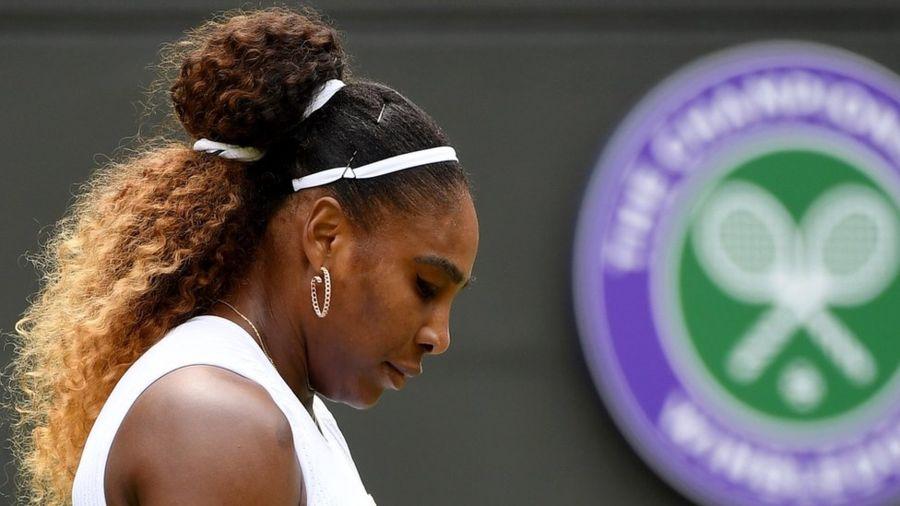 Serena Williams korta zarar verdiği için 10 bin dolar para cezasına çarptırıldı