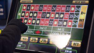 William Hill to shut 700 betting shops