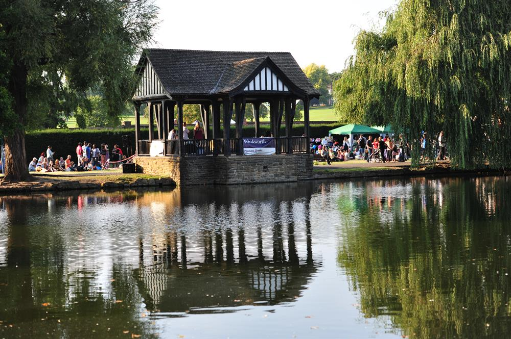 Hopes for Palmers Green duck pond to become a swimming lake