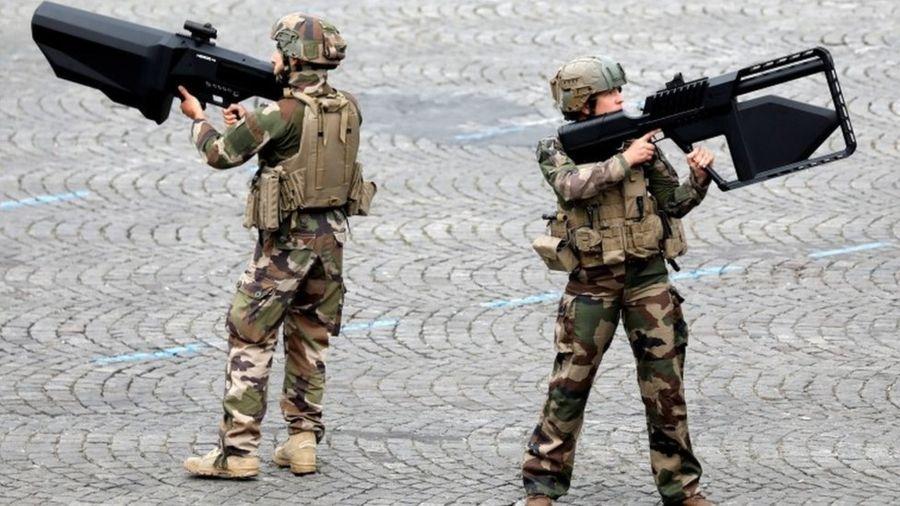 Fransız ordusu bilim-kurgu yazarlarının hayal gücünden yararlanacak