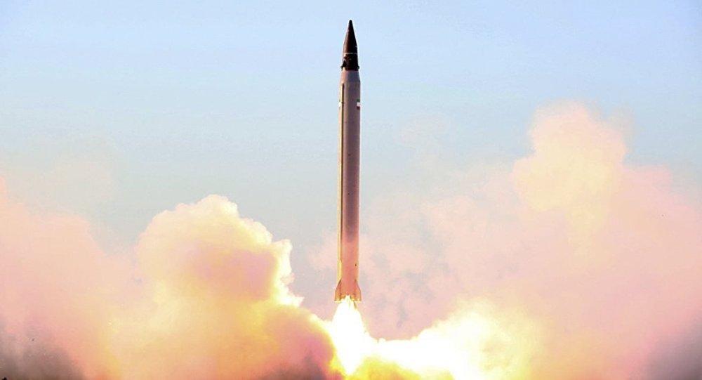 İran balistik füze denemesi yaptığını teyit etti