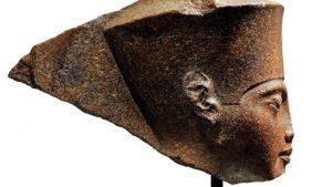 Mısır, çocuk firavunun 3 bin yıllık büstünün Londra'da açık artırmayla satılmasına öfkeli