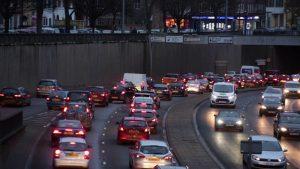 Genç sürücülerin gece araç kullanmaları yasaklanabilir