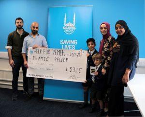 İngiltere'de yaşayan 9 yaşındaki Ömer Ölçer, Yemen için 5 bin pound topladı