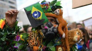 G-7'nin Amazon yangınlarıyla mücadele için önerdiği 22 milyon dolara Brezilya'dan ret
