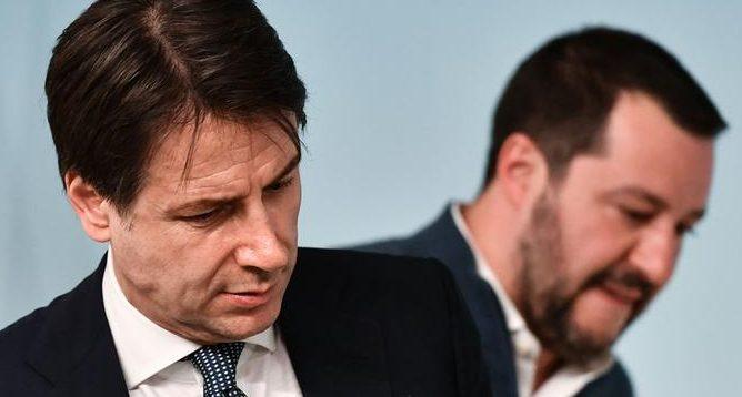 İtalya'da hükümet krizinden çıkış yolu aranıyor
