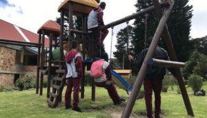 Kolombiya'nın çocuk gerillaları normal yaşama geri dönmeye çalışıyor