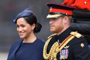 Meghan Markle ve Prens Harry'yi Elton John savundu