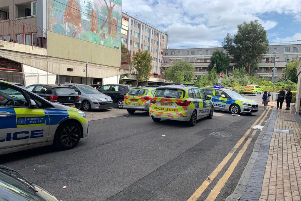 Teenage boy stabbed in Tottenham