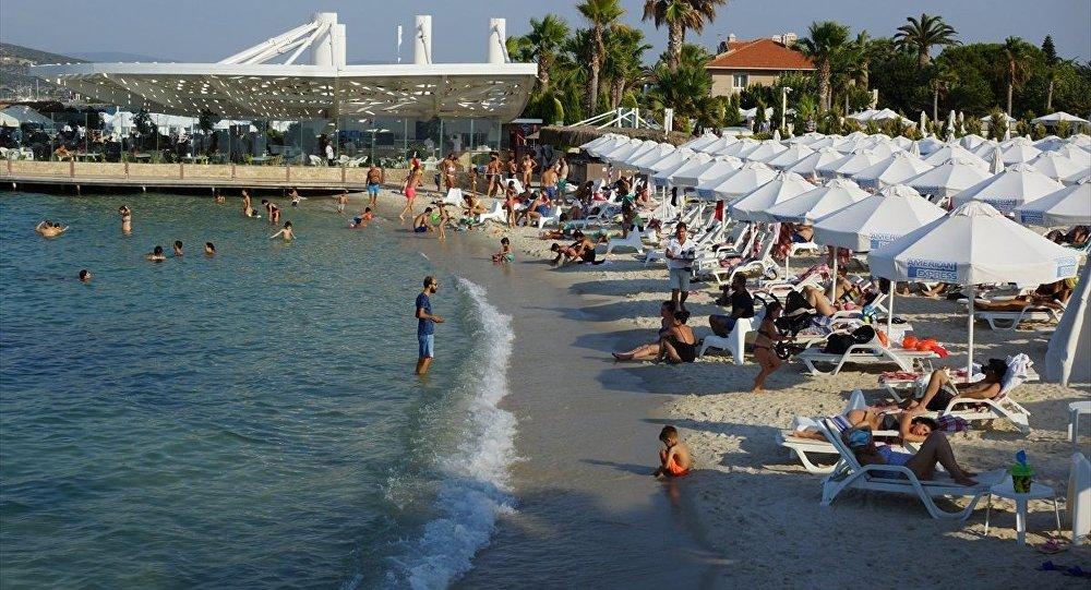 İngiliz turistlerin asılsız iddiaları Türk turizmcileri harekete geçirdi