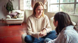 İntiharı düşünen biriyle nasıl konuşmalısınız?