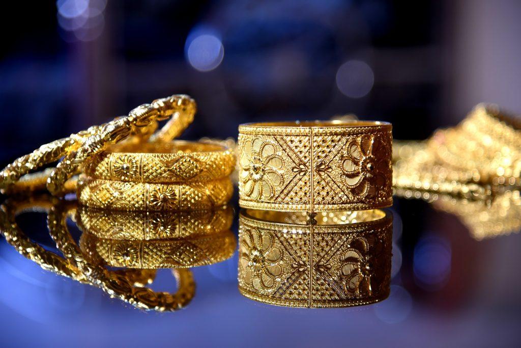 Burglars targeting Asian gold over the weekend in Enfield