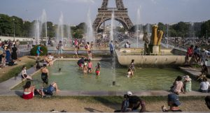 Fransa'da bu yaz aşırı sıcaklar nedeniyle 1435 kişi yaşamını yitirdi