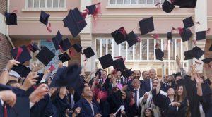 Ünüversiteden  mezun olan yabancı öğrenciler iki yıl daha ülkede kalabilecek