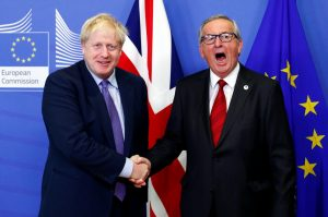 Juncker'den Johnson'a yalancılık suçlaması