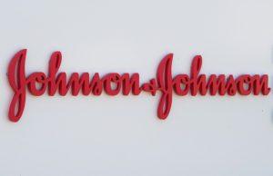 Johnson & Johnson, 'Üzerinde uyarı olmayan ilaçlar memelerimi büyüttü' diyen erkeğe 8 milyar dolar tazminat ödemeye mahkum edildi