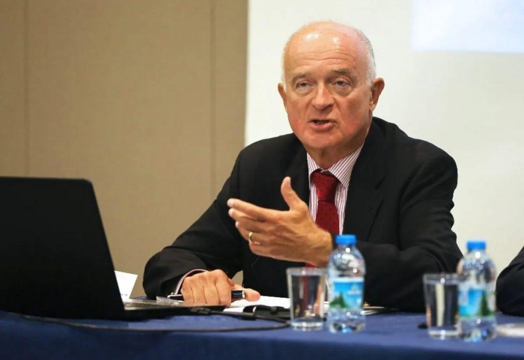 Başbakan Johnson'ın kararına Türk kuzeni Kuneralp de karşı