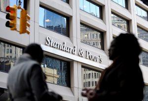S&P'den İngiltere'ye not indirimi uyarısı