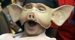 Endonezya'da helal turizme karşı Domuz Festivali