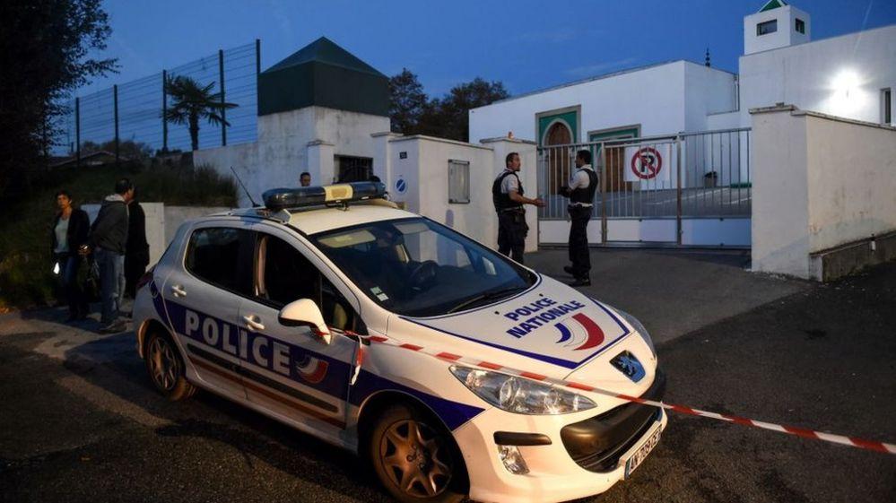 Fransa'da camiye yönelik saldırı