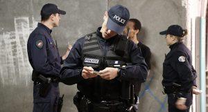 Japon turist Paris'te kolundaki 840 bin dolarlık saati kaptırdı