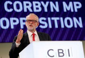 """Corbyn'den """"İş dünyasına karşı değilim"""" mesajı"""