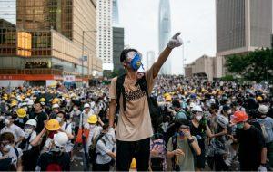 Çin ile İngiltere arasındaki Hong Kong krizi sürüyor
