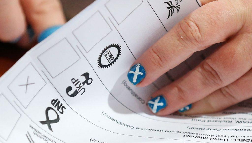 Son 10 yılda seçimlere bir milyar pound harcadık