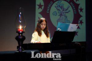 Enfield Alevi Kültür Merkezi öğrencileri sanat gecesi gerçekleştirdi