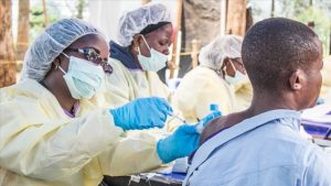Ebola için yeni bir aşı daha üretildi