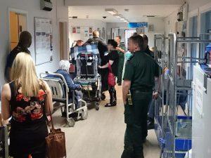 Hastanelerdeki bekleme süresi en kötü seviyede
