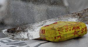 Fransa'nın Atlantik sahillerine yüzlerce kilo kokain vurdu