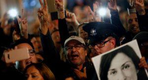Malta'da hükümet gazeteci cinayeti soruşturması nedeniyle zorda
