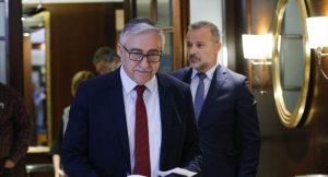 Üçlü gayriresmi Kıbrıs görüşmesi Berlin'de yapıldı