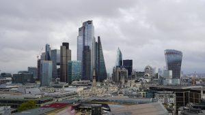 İngiltere'de konut fiyatları yüzde 0,8 arttı
