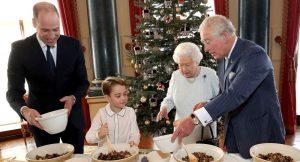 Prens George ile Kraliçe Elizabeth'in Noel pudingi heyecanı
