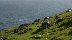 İrlanda'da elektrik ve internetin olmadığı adadaki iş ilanına yüzlerce kişi başvurdu